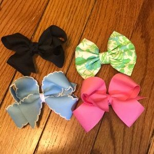 Accessories - Set of hair bows!